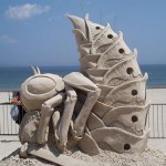 Awesome Bee Sand Sculpture!