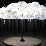 Electric Cloud Made of 5,000 Light Bulbs!