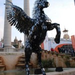 Pegasus Statue Created Using 3,500 Smartphones!