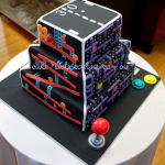 Amazing Five Retro Video Games on One Cake Depicted in!