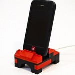 iPhone LEGO Dock Utilizes Your Spare Blocks For Innovation!