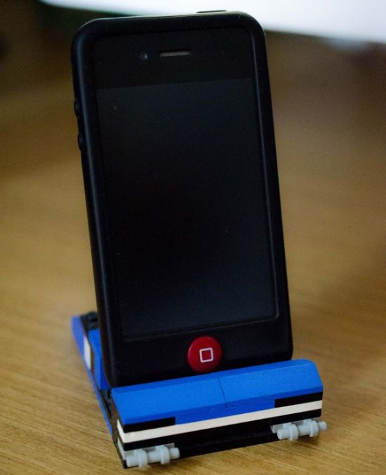 iphone-lego-dock-concept-4