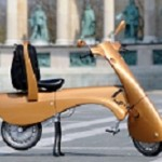 Moveo: The Portable, Foldable Electric Scooter That Rolls Like Luggage!