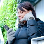 Bluetooth Handset Gloves: Now You Can Answer Phone By Putting Fingers To Your Ear!