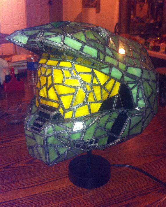 master-chief-lamp-3